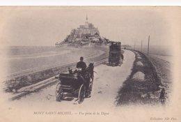 Mont Saint Michel Vue Prise De La Digue - Le Mont Saint Michel