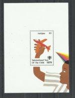 ANTIGUA  YVERT  H/B  42   MNH  ** - Antigua & Barbuda (...-1981)