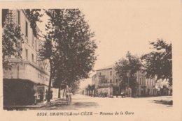 CPA 30 BAGNOLS SUR CEZE AVENUE DE LA GARE - Bagnols-sur-Cèze