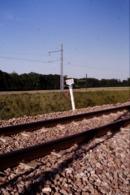 Photo Diapo Diapositive Slide Train Wagon La Plaque Du Km 86 à Montereau Le 30/05/1997 VOIR ZOOM - Dias