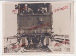 Photo De Presse Chemin De Fer Grande Bretagne Wagon Train Desherbant Fin Des Années 30 - Trains