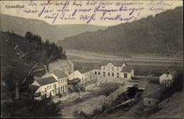 Cp Echternach Luxemburg, Blick Auf Den Grundhof, Gebäude - Postkaarten