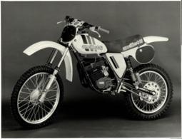 Ancillotti +-24cm X 18cm  Moto MOTOCROSS MOTORCYCLE Douglas J Jackson Archive Of Motorcycles - Fotos