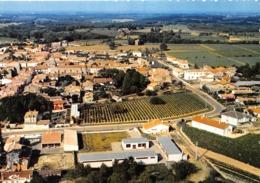CREON - Vue Panoramique Aérienne - La Ville Entourée De Ses Vignobles - France