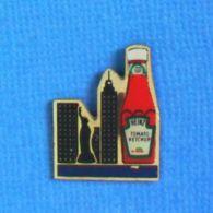 1 PIN'S //  ** HEINZ / TOMATO KETCHUP / NEW-YORK ** - Levensmiddelen