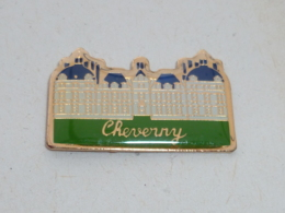 Pin's CHÂTEAU DE CHEVERNY - Villes