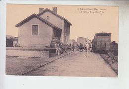 RT33.130  L'AIGUILLON -SUR- MER.LA GARE DE L'AIGUILLON-VILLE.N°12 - Gares - Avec Trains