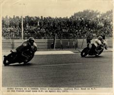 Phil Read, Hideo Kanaya 1973 +-24cm X 18cm  Moto MOTOCROSS MOTORCYCLE Douglas J Jackson Archive Of Motorcycles - Fotos
