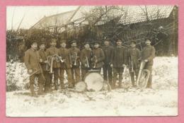 59 - FLINES LES RACHES - Carte Photo Militaire Allemande - Soldats Allemands - Musikzug Der EKB 11 - Guerre 14/18 - Frankreich