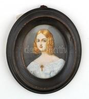 Jelzés Nélkül: Női Portré. Celluloid Alapú Levonókép, Kézi Felülfestéssel, 6×5 Cm - Non Classificati