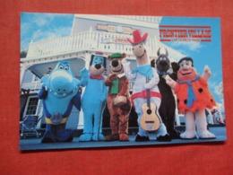 Our Gang  Fred Flinststone- Jabberjaw- Yogi Bear Scooby Doo  Frontier Village-- California > San Jose.  Ref 3716 - San Jose