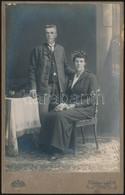 Cca 1890 Osztrák Polgári öltözetű Pár / Austrian Citizens. 11x17 Cm - Altre Collezioni