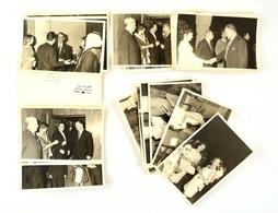 Fogadás Egy Keleti Országban, Pecséttel Jelzett Fotó, 65 Db, 18×12 Cm - Altre Collezioni