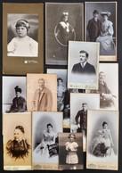 Cca 1910-1920 Régi Idők Portréi, 13 Db Nagyrészt Keményhátú Fotó Különféle Műtermekből (Elbl és Pietsch, Strelisky, Uher - Altre Collezioni