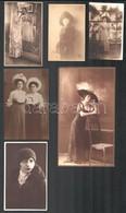 1945 Előtti Felvételek A Hölgyek és Az Urak Divatos Viseleteiről, 13 Db Vintage Fotó, 19x14 Cm és 11x7 Cm Között - Altre Collezioni