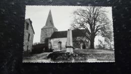 242 - NAILLAT (Creuse) 1 - Place De L'Eglise - France