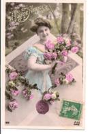 L55B094 - Bonne Année - Portrait Jeune Femme Avec Des Roses  - A.N N°819 - New Year