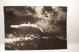 SISTERON   - Le  Citadelle  , La Nuit     - ( Pas De Reflet Sur L'original ) - Sisteron