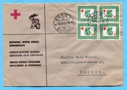 Brief Mit Viererblock 1945 - SBK Nr. W 24 (Mi Nr. 464) - Absender: Schweiz. Rrotes Kreuz Kinderhilfe - Lettres & Documents