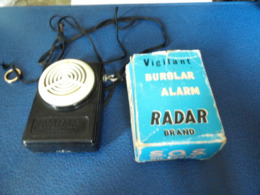 S.0.S. Buzzer Brand  - Alarm - Ancien Appareil D'alarme Pour Personne Seul - - Andere Verzamelingen