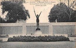 France Nantes Le Monument Eleve A La Memoire Statue - France