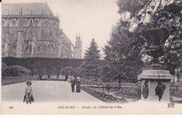 L120C_89 - Bourges - 105 Jardin De L'Hôtel-de-Ville - Bourges
