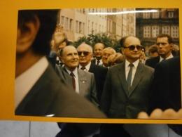Photographie Presse François Mitterrand,Pologne Lot E,année 1989,très Bel état,format 24X16cm,envoi En Lettre économique - Personnes Identifiées