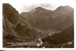 CPSM - VAL D'ISERE  - ROUTE DE L'ISERAN  (IMPECCABLE) - Val D'Isere