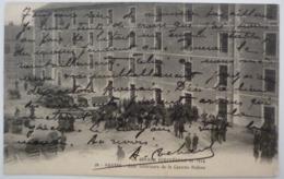 NANTES - COUR INTERIEURE DE LA CASERNE BEDEAU , 1914 - Nantes