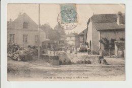 CPA / LAY / CROMARY / LE MILIEU DU VILLAGE / LA SALLE DE MAIRIE / 1907 - Altri Comuni