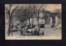 50 Cherbourg / La Place Divette Un Jour De Marché - Cherbourg