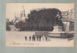 CPA - 35 -  Fougères  -  Place De Lariboisière - Fougeres