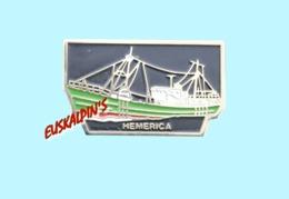 Pin's Chalutier HEMERICA, Port Musée De CONCARNEAU, Bateau, Boat, Navire, Marine - Boten