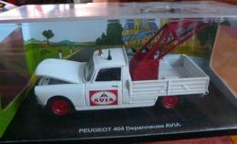 PEUGEOT 404 DEPANNEUSE AVIA ECHELLE 1/43 COLLECTION LES PETITS UTILISTAIRES FRANCAIS 1950 1960 - Auto's, Vrachtwagens, Bussen