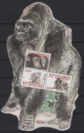 Burundi (2011)  Yv. Bf. 144  /  Fauna Monkeys - Faune Singes - Fauna Monos - Primates - Gorilla - UNUSUAL Shape - Singes