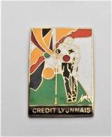 Pin's CR2DIT LYONNAIS  - Pa/Ce - Pins