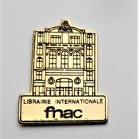 Pin's FNAC Librairie Internationale - Pa/Ce - Pins