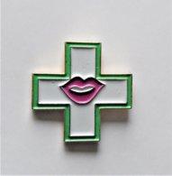 Pin's Enseigne Pharmacie Bouche - Pa/Ce - Pins