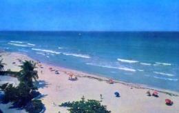 Playa De Varadero - Matanzas - Formato Piccolo Non Viaggiata – E 14 - Cartoline