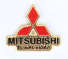 Pin's MITSUBISHI - TV - HIFI - VIDEO - Le Logo Au Trois Losanges - LTO - I775 - Merken