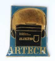 Pin's ARTECH - Le WALKMAN Vintage - Sticom - I779 - Merken