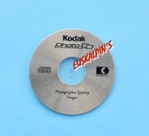 Pin's Photographie, C.D KODAK - Fotografie
