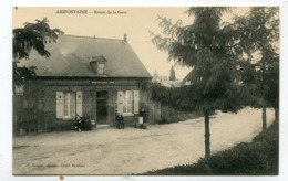 CPA  02 : AMIFONTAINE  Route De La Gare Et Café Animé  A  VOIR   !!!! - France