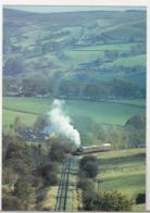 England Uncirculated Postcard - Trains - Beamsley Beacon Dwarfs A Passenger Train From Bolton Abbey - Trains