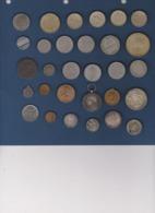 1 Lot De Piéces Diverses Et Assimillées , Vraiment à Voir - Lots & Kiloware - Coins