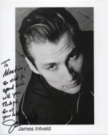 AUTOGRAPHE - 1959 - James  INTVELD - Américain, Musicien De Rockabilly - Grande Photo Dédicacée - 25 X 20 Cms - Fotos Dedicadas