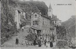 """AMBIALET  Prés D'ALBI :  Rue  Animée Conduisant Au Prieuré- Garte D'un"""" Poilu """" à Sa Famille  ( F.M ) - Otros Municipios"""