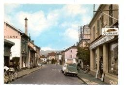 CITROEN 2 Cv, RENAULT Dauphine - Le Thillot (88) - Voitures De Tourisme
