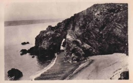 29 MORGAT Le Cap De La Chèvre - Morgat