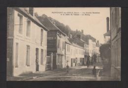 CPA . 27 . MONTFORT-sur-RISLE La Recette Buraliste Et Le Débit De Tabac . Le Bourg . Pte. Animation . - France